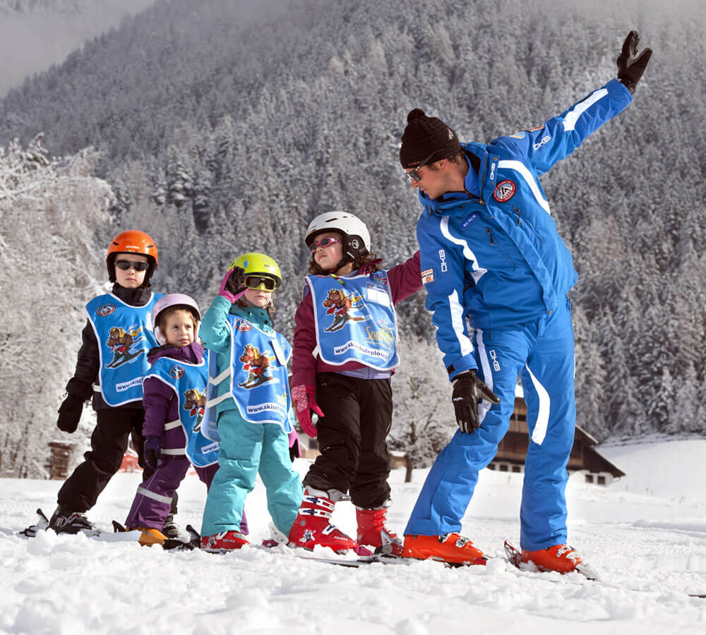 Ski fahren, Schneeschuhlaufen, Langlaufen, Rodeln, Eislaufen – Lüsen im Winter